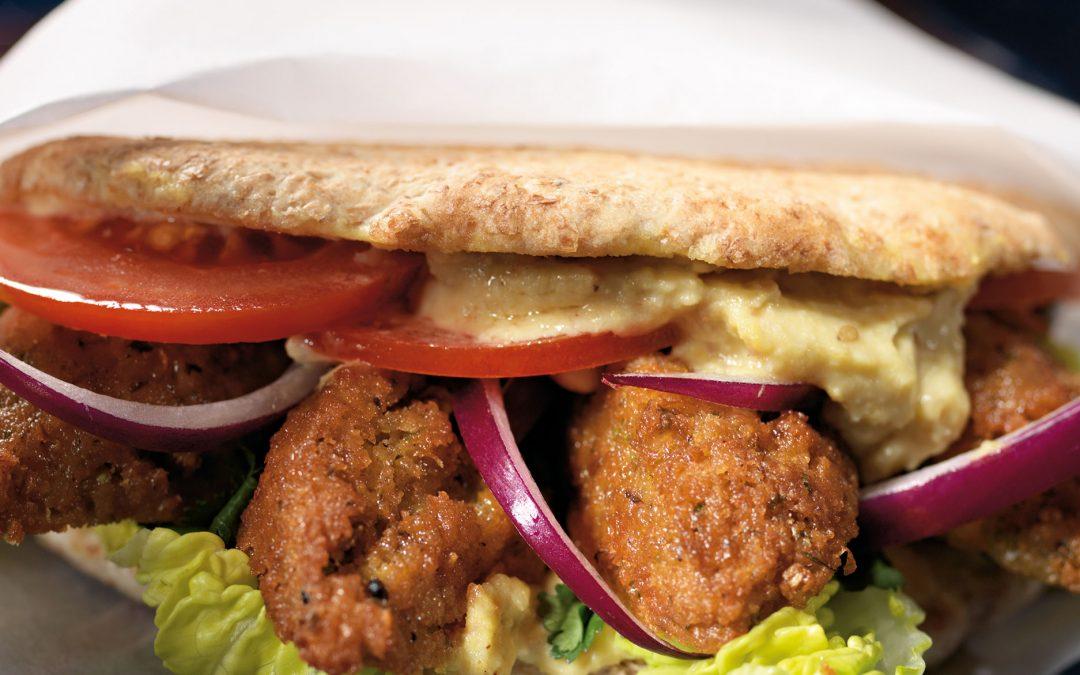 Falafel-Döner mit Hummus