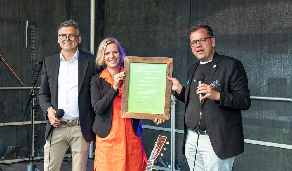 100 Jahre Herbaria Kräuterparadies – Humuszertifikat für Nachhaltigkeit