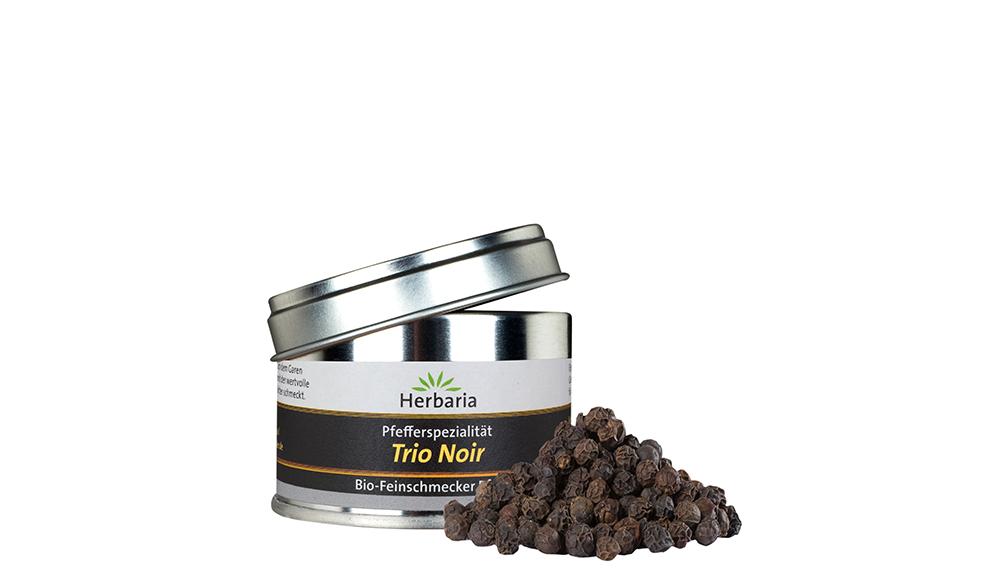 Trio Noir