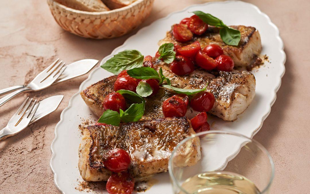 Pfann-Fisch-Ahoi mit geschmorten Kirschtomaten